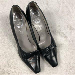 DELMAN vintage Black Bow Tie Classic Pumps